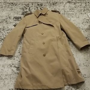 Vintage Misty Harbor tan trench coat size 44